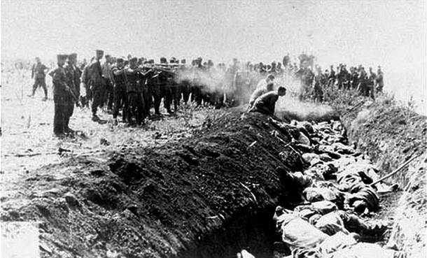 Ukro-nazis and germans killing prisoners