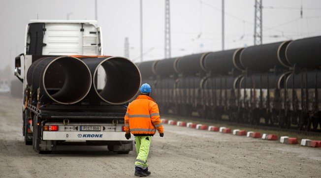 US wants to bury Russian gas pipeline project & force-feed its own LNG to Europe – PM Medvedev